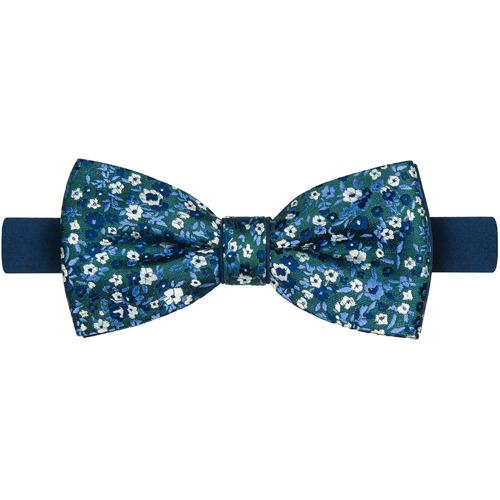 Mucha Blue Flowers
